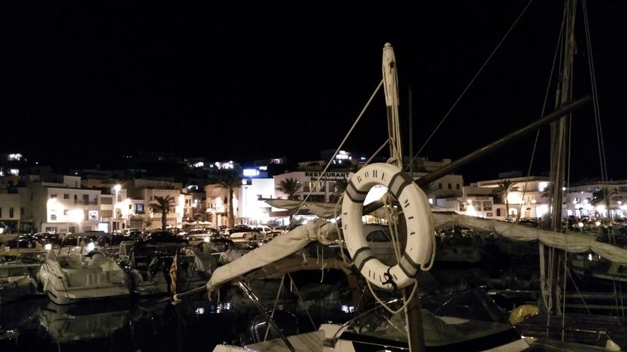port-llanca-nuit-bateaux
